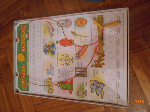 juego ''electric conektion'' entretenido para la familia.