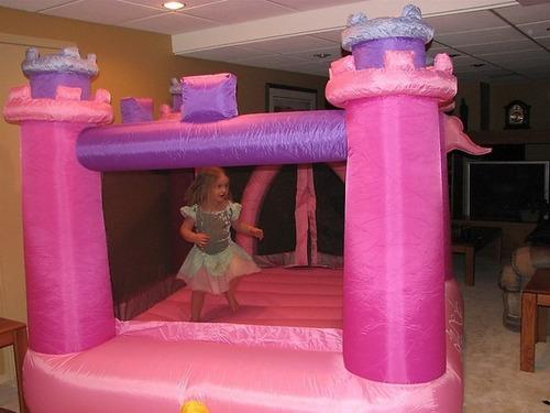 juego inflable brincolin