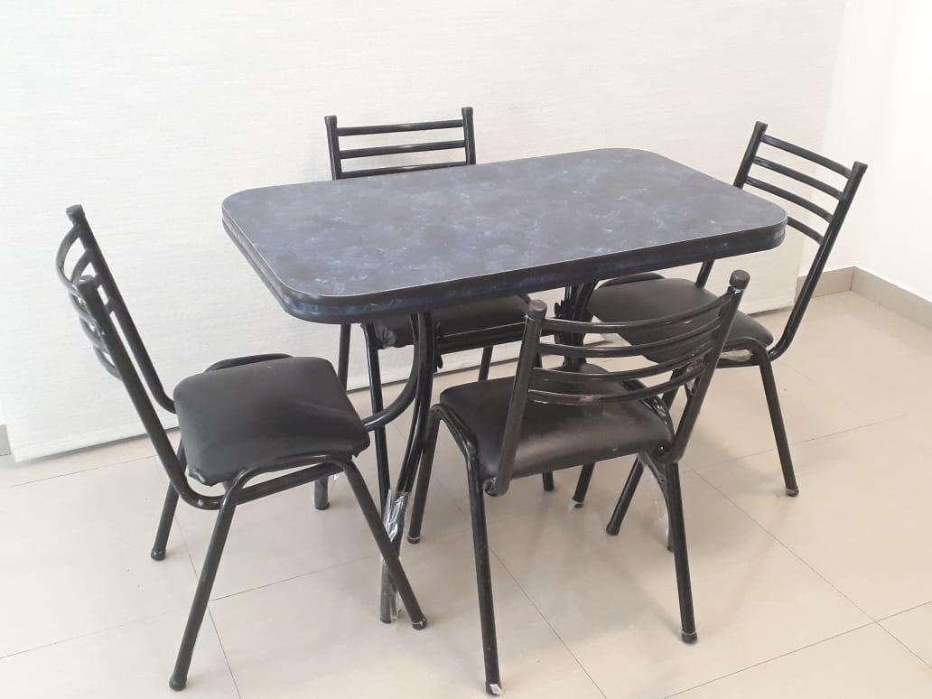 Juego Mesa Cocina 100x60 Formica + 4 Sillas Apilables