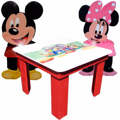 juego mesa cuadrada y 2 sillitas infantiles. minions, mickey