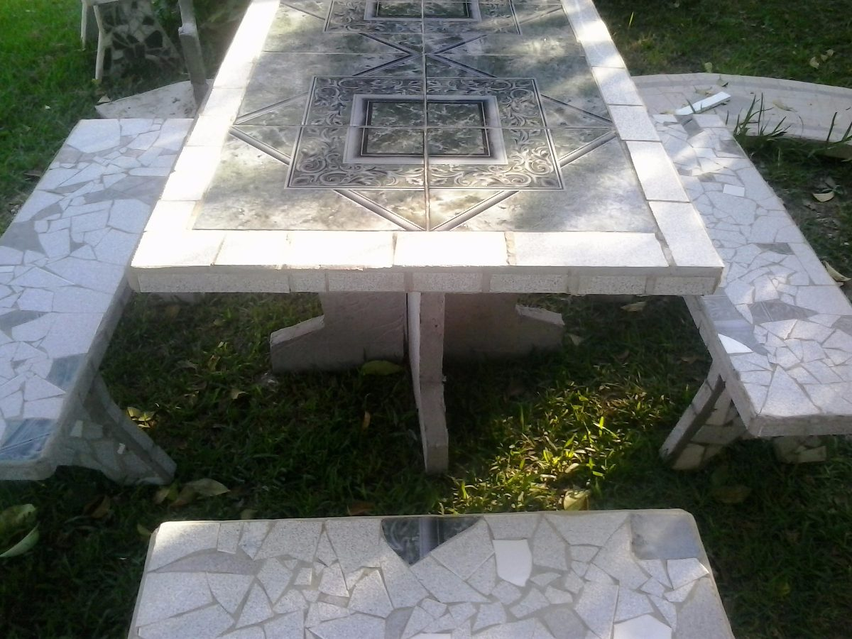 Juego Para Jardin En Cemento Y Azulejos - $ 4.400,00 en Mercado Libre