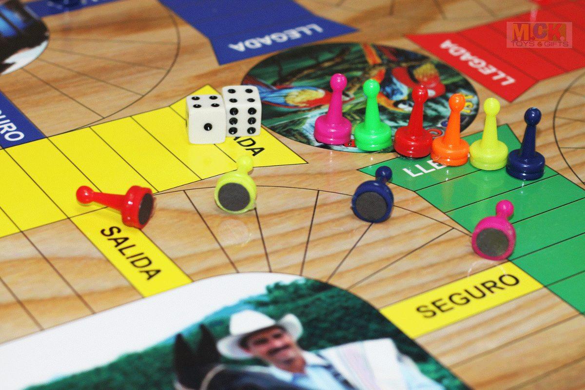 Juego parqu s 6 puestos y ajedrez imantado doble cara for Divertilandia juego de mesa