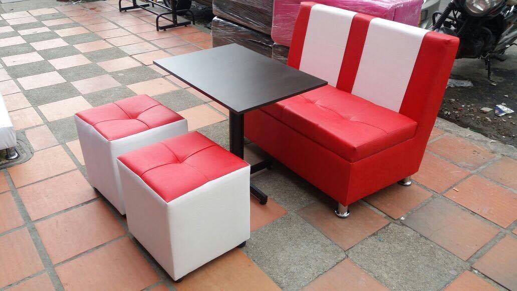 Juego puff silla mesa puff para bar restaurante discoteca for Juego de mesa y sillas esquineros