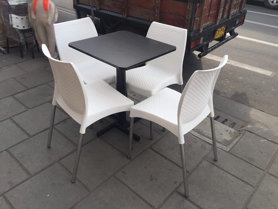 Juego silla dise o con mesa eva carla elipse para negocio for Sillas para negocio