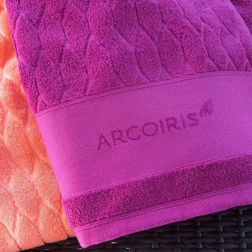juego toalla y toallon  arco iris yoko grandes 550gr algodón
