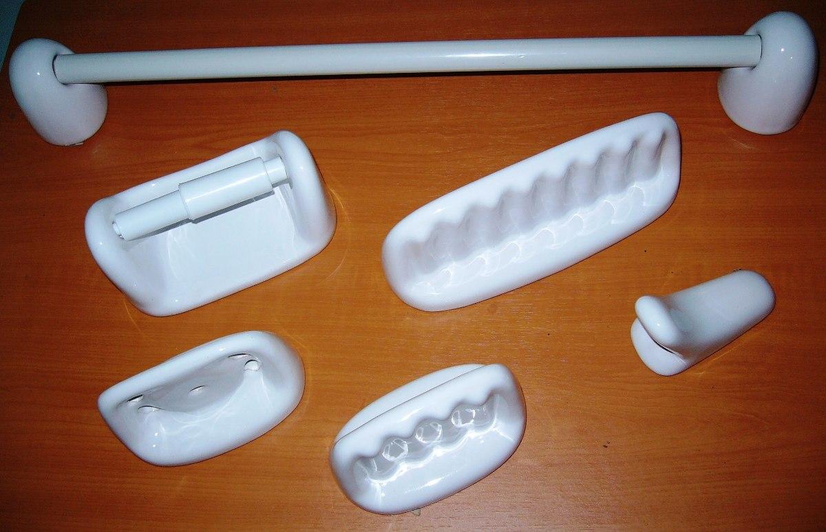 Juegos de accesorios de ba o mayor y detal leer for Accesorios para bano ceramica