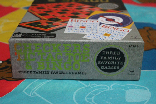 juegos de mesa  tres  en uno ajederez-tic-tac-toe- y bingo