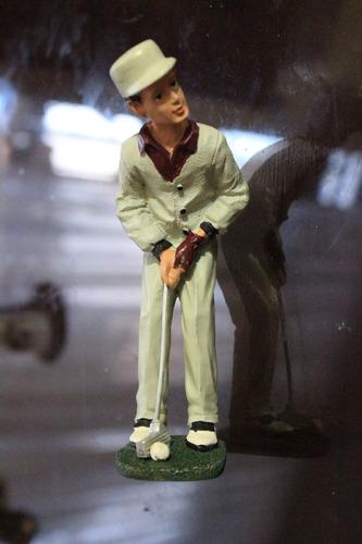 jugador de golf figura decorativa