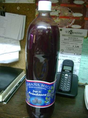 jugo de arandanos de 1.5litros, cabaña mico de el bolson