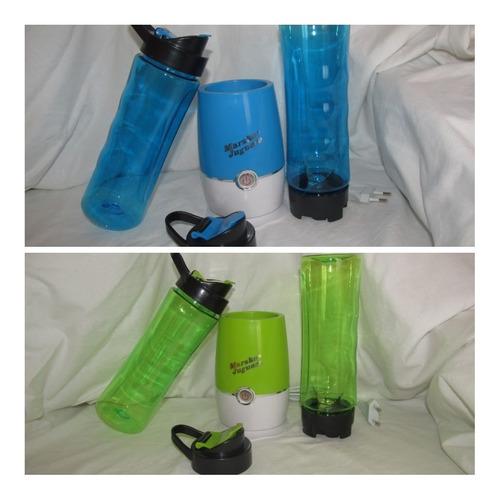 jugueras marske con botellas portátiles