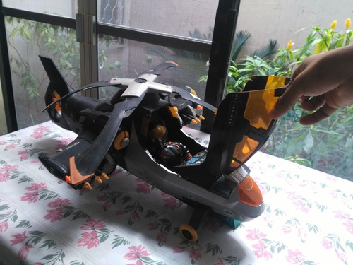 juguete actionman con helicóptero de guerra