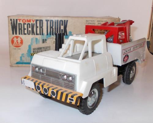 juguete antiguo camion grua  (wrecker truck) tomy  japon