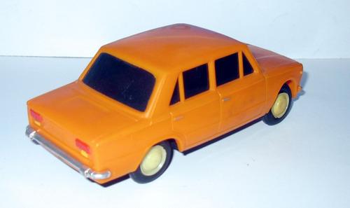 juguete antiguo seat 124 - plasticos albacete -made in spain