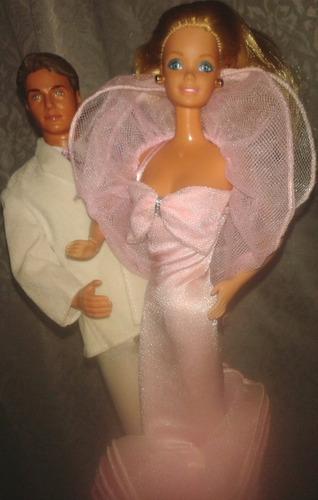 juguete barbie vestimenta perfum pretty barbie