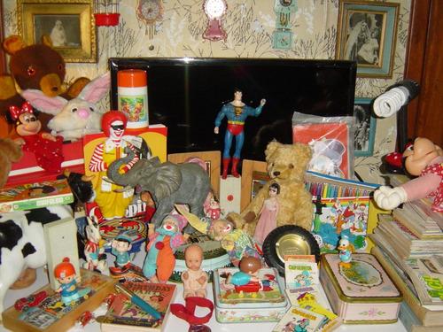juguete de cuerda tomy niño con vagón vintage
