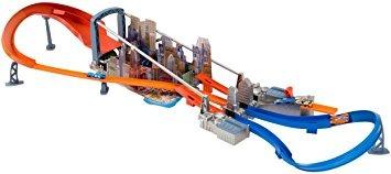 juguete hot wheels super jump alcantarilla
