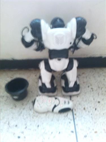 juguete robosapien