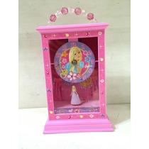 Reloj De Cenicienta Marca Barbie Original Mide: 25x14x6