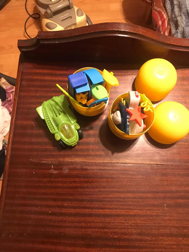 juguetes huevo kinder