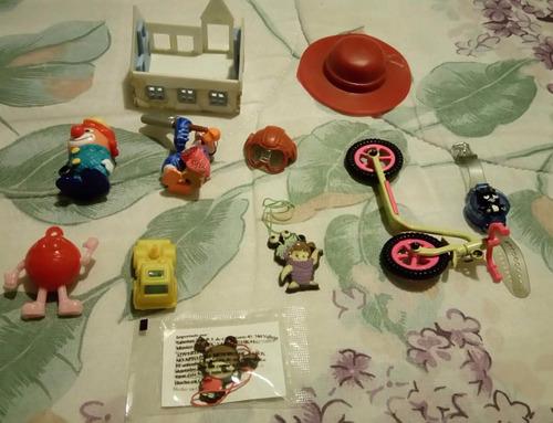 juguetes varios muñecos sombrero monopatin regla bob esponja
