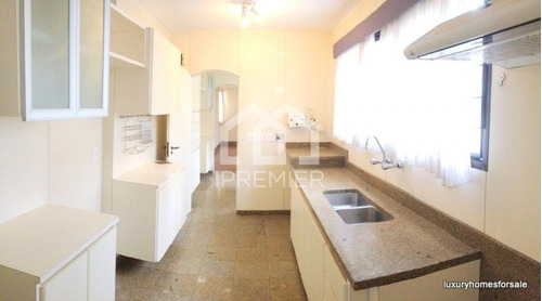 junto ao clube paulistano - 207m²  4 ( 3 sts + home theater ) - 2 grs - piscina. - re940