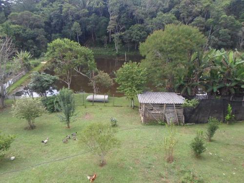 juquitiba - sitio com 3 construções e lago ref: 03984