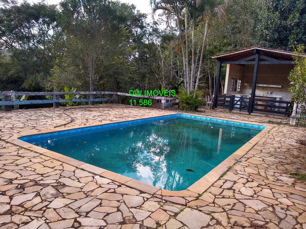 juquitiba/bela sede/piscina/salão festas/ac/permuta/ref: 04880 -