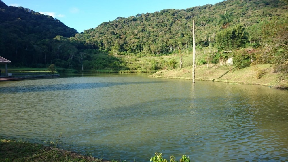 juquitiba/linda sede/lago/nascente/lazer/morar/ref:04986