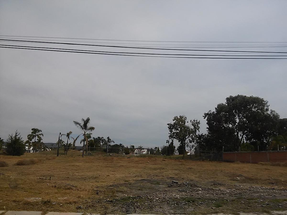juriquilla  villas del meson  inmejorable terreno en venta