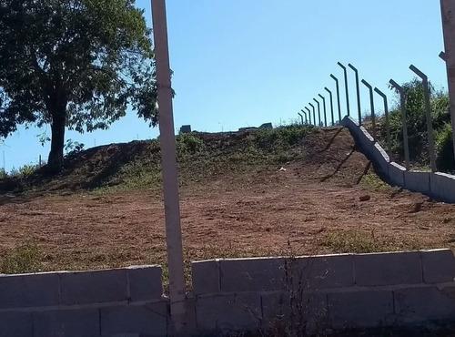 jv  compre já terreno de 1000m2 em ibiúna- com água e luz