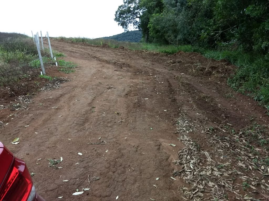 jv terrenos- 500m2 com água e luz em ibiúna r$25 mil