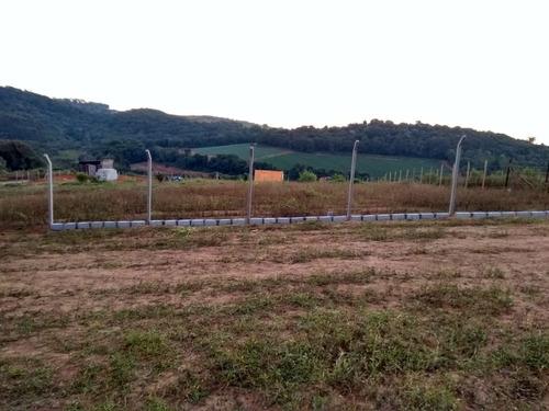 jv terrenos de 1000m2 em ibiuna c/ água e luz - segurança