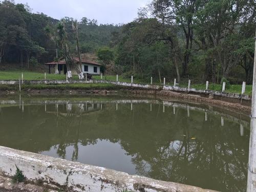 (k.a) chácara em nazaré paulista, vista para um lago