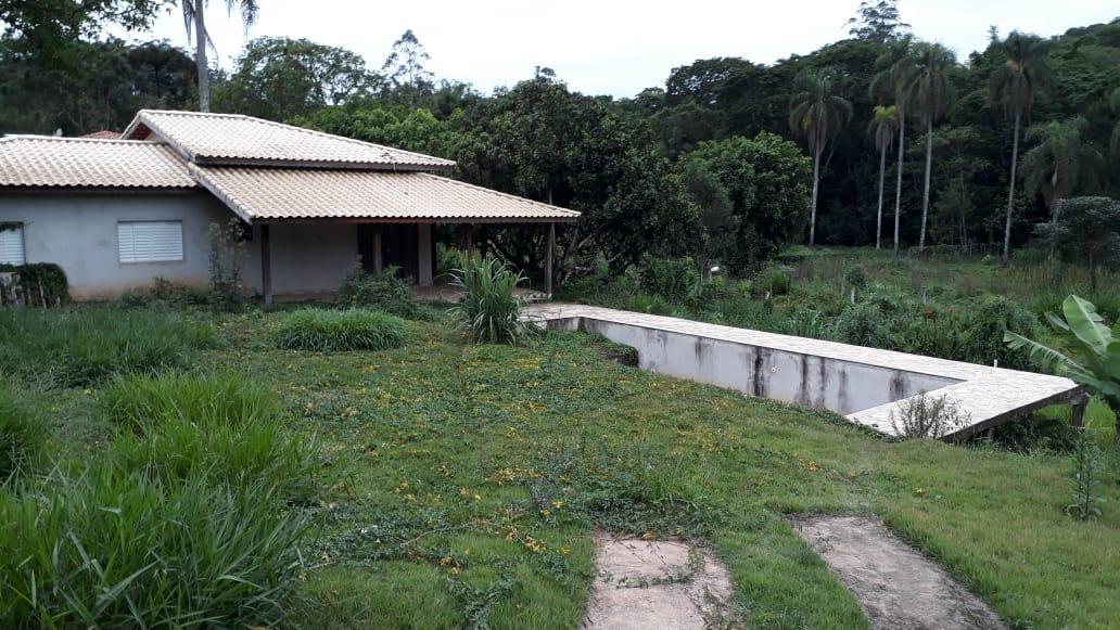 (k.a) linda chácara com piscina na região de igarata