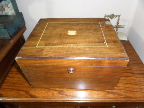 kalyope antigua caja de musica hecha en alemania.