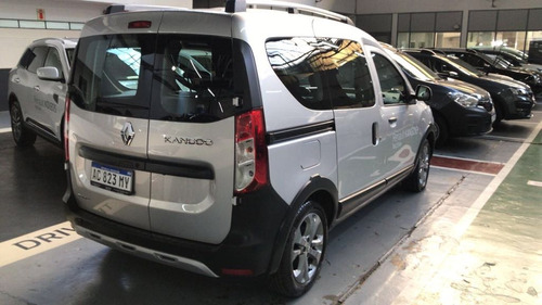 kangoo 1.6 stepway okm $300000 y cuotas fijas en pesos