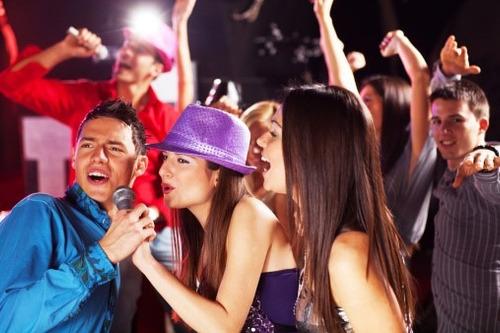 karaoke 7700 canciones actualizadas al 2017 pendrive 32 gb