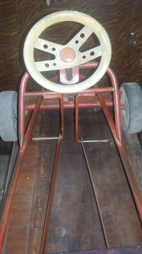 karting antiguo a pedal