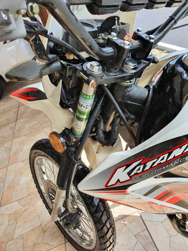 katana  2014 negociable