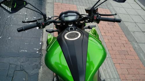 kawasaki naked z1000 verde