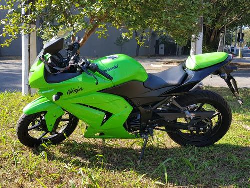 kawasaki ninja 250r ano 2010 com apenas 58500 km originais