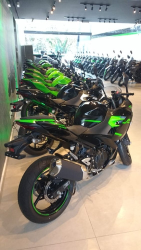 kawasaki ninja 400 verde krt 2020