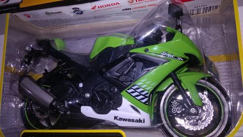 kawasaki ninja zx 10r escala 1:12/ 18cms de largo