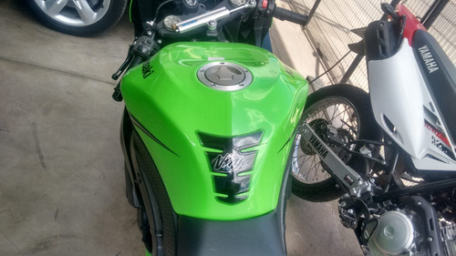 kawasaki ninja zxr-6 600cc