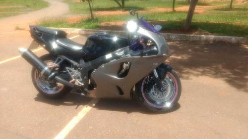 kawasaki  z 7  750  cc   1996