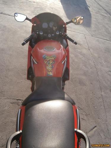 kawasaki zx600 501 cc o más