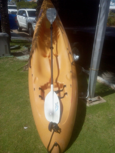 kayak de 2,80 cm. x 0,50 cm.