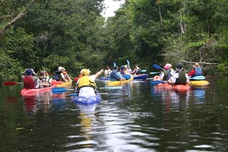 kayak polietileno azul alta resistencia con accesorios