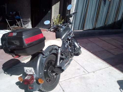 keeway 200cc negra