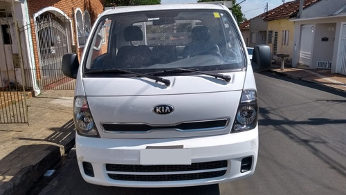 kia bongo 2.5 std 4x2 rs turbo c/ carroceria 2p ano 2014